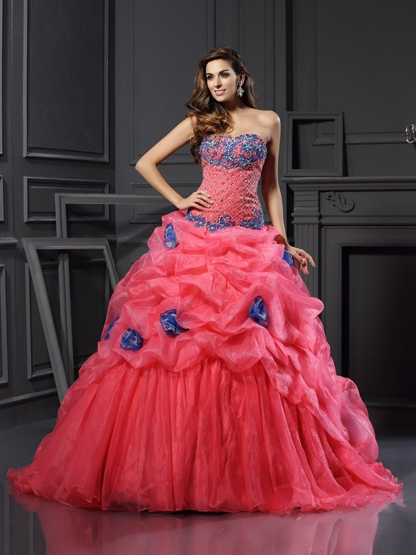 Ball Gown Beading Sweetheart Sleeveless Chapel Train Organza Dresses