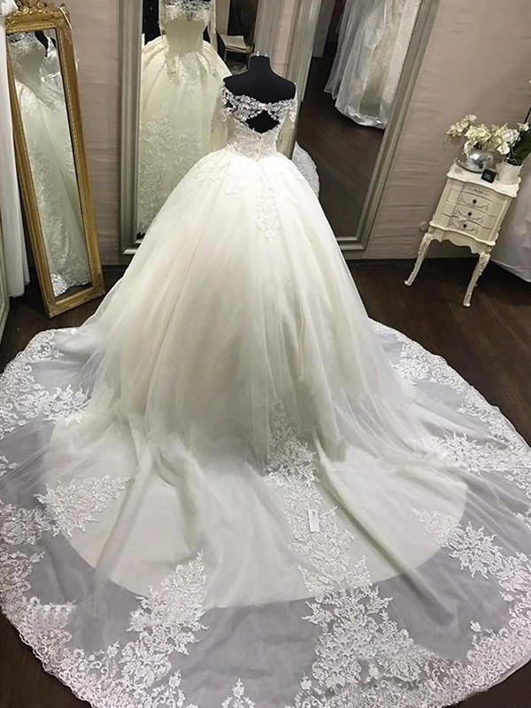 71ddf90ce7102 ... Ball Gown Off-the-Shoulder Long Sleeves Cathedral Train With Applique  Tulle Wedding Dresses