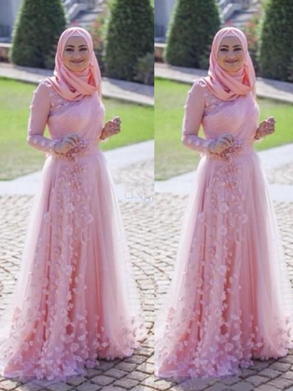 1364747108 A-Line/Princess Long Sleeves Scoop Sweep/Brush Train Applique Tulle Muslim  Dresses