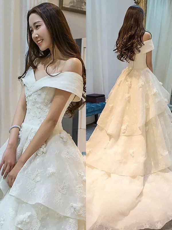 c2fa594e577a8 Ball Gown Off-the-Shoulder Sleeveless Court Train Tulle Wedding Dresses