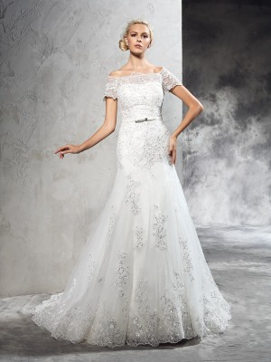 Sheath/Column Applique Off-the-Shoulder Short Sleeves Court Train Net Wedding Dresses