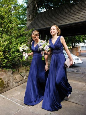 A-Line/Princess Pleats V-neck Sleeveless Floor-Length Chiffon Bridesmaid Dresses