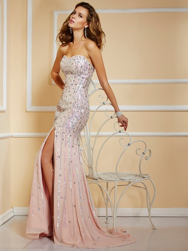 A-Line/Princess Beading Strapless Sleeveless Sweep/Brush Train Chiffon Dresses