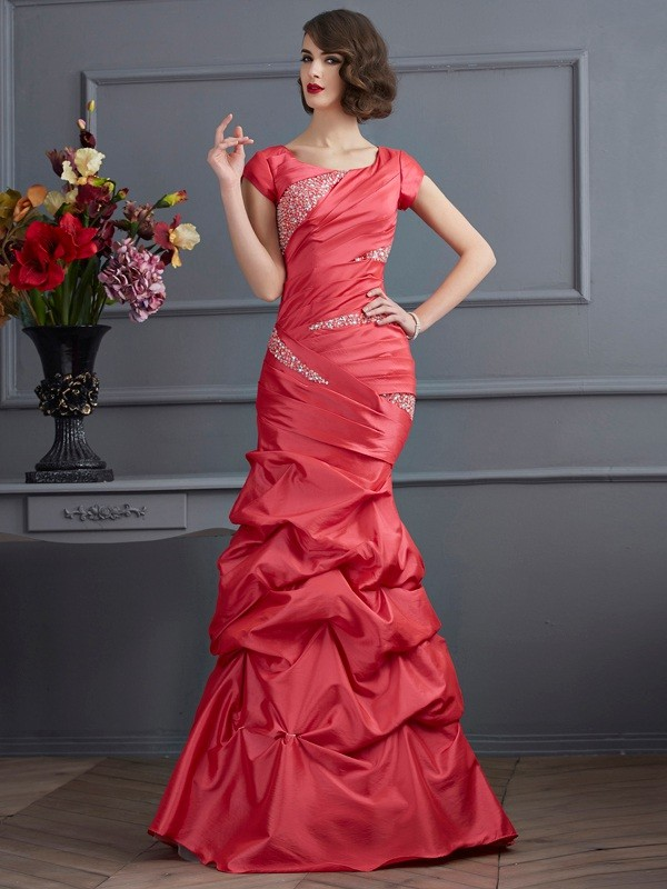 Trumpet/Mermaid Beading Scoop Short Sleeves Floor-Length Taffeta Dresses