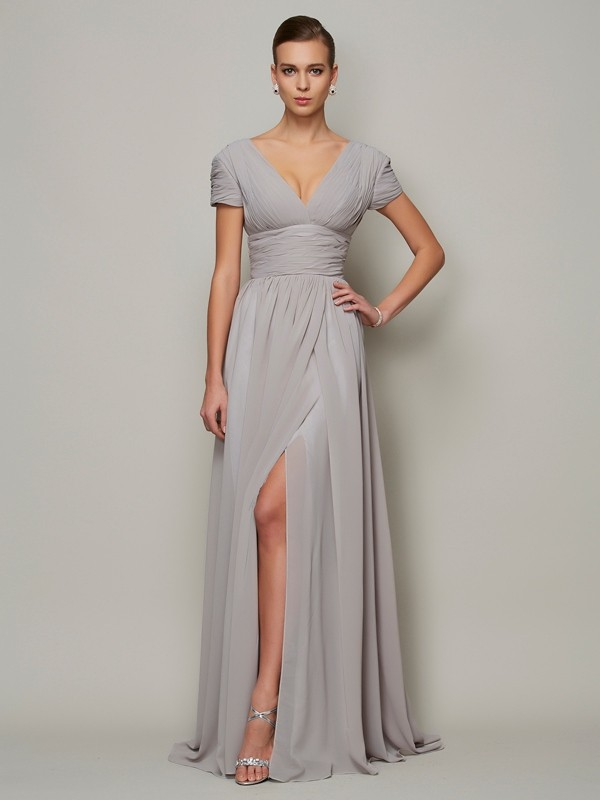 A-Line/Princess V-neck Short Sleeves Floor-Length Chiffon Mother of the Bride Dresses