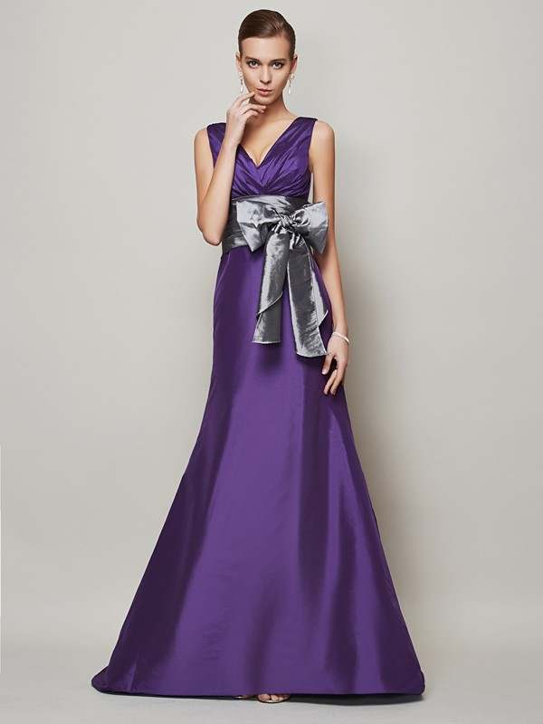 A-Line/Princess Sash/Ribbon/Belt V-neck Sleeveless Floor-Length Taffeta Dresses