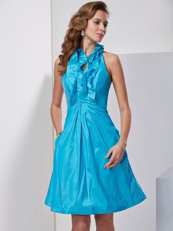 A-Line/Princess Ruffles Halter Sleeveless Knee-Length Taffeta Dresses
