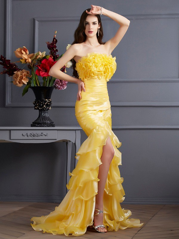 Trumpet/Mermaid Ruffles Strapless Sleeveless Sweep/Brush Train Tulle Dresses
