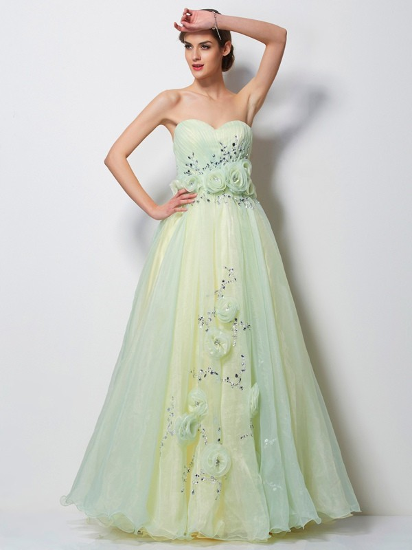 A-Line/Princess Beading Sweetheart Sleeveless Floor-Length Satin Dresses