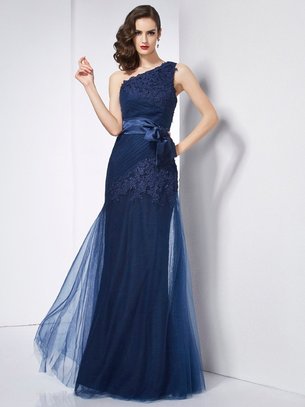 A-Line/Princess Applique One-Shoulder Sleeveless Floor-Length Net Dresses