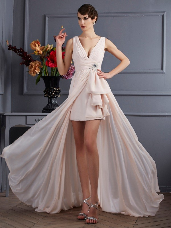 A-Line/Princess Beading Straps Sleeveless Court Train Chiffon Dresses