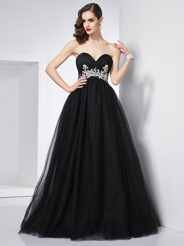 Ball Gown Applique Sweetheart Sleeveless Floor-Length Net Dresses