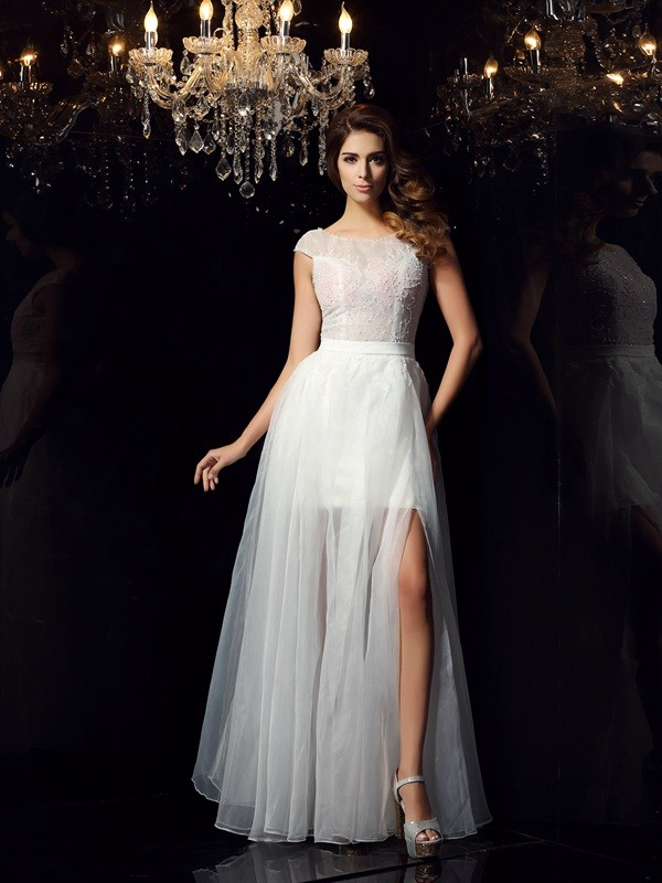 A-Line/Princess Beading Scoop Short Sleeves Floor-Length Tulle Dresses