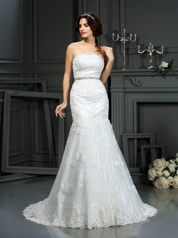 Trumpet/Mermaid Beading Strapless Sleeveless Court Train Lace Wedding Dresses