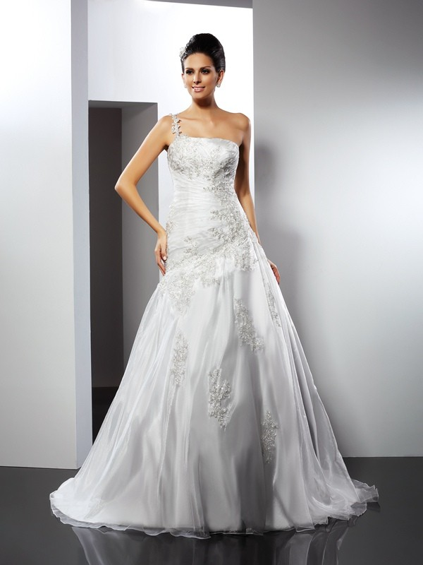 A-Line/Princess Applique One-Shoulder Sleeveless Chapel Train Satin Wedding Dresses