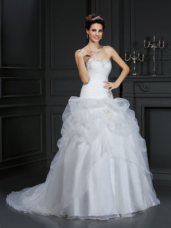 Ball Gown Beading Strapless Sleeveless Court Train Organza Wedding Dresses