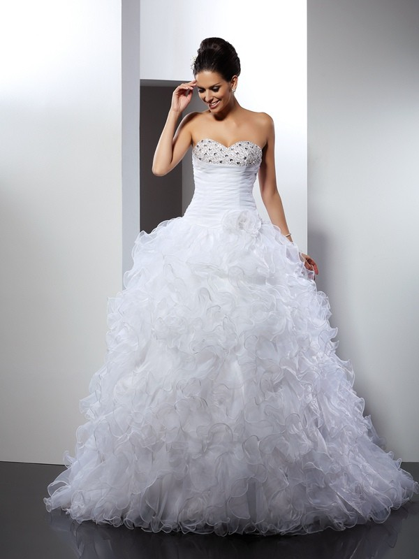Ball Gown Beading Sweetheart Sleeveless Cathedral Train Organza Wedding Dresses
