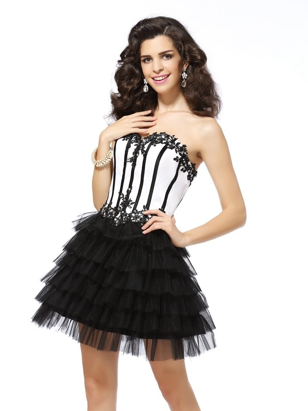A-Line/Princess Applique Sweetheart Sleeveless Short/Mini Tulle Dresses