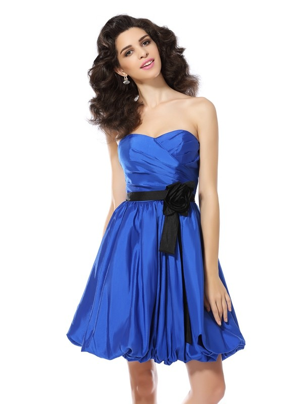 A-Line/Princess Hand-Made Flower Sweetheart Sleeveless Short/Mini Taffeta Dresses