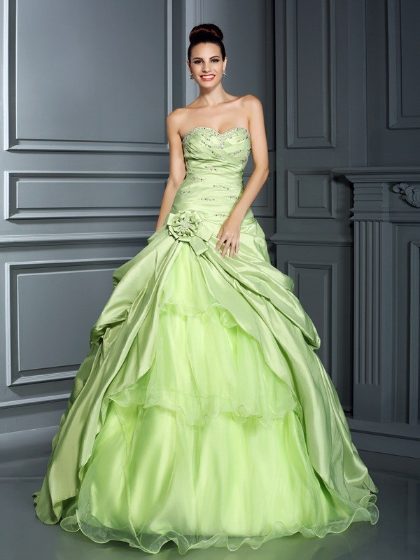 Ball Gown Hand-Made Flower Sweetheart Sleeveless Floor-Length Taffeta Dresses