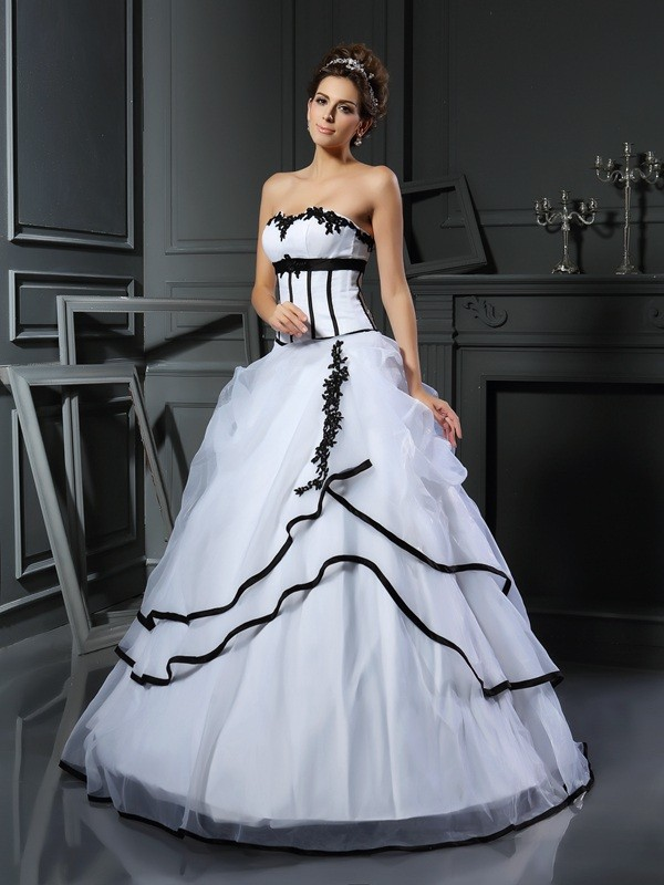 Ball Gown Applique Sweetheart Sleeveless Floor-Length Satin Wedding Dresses