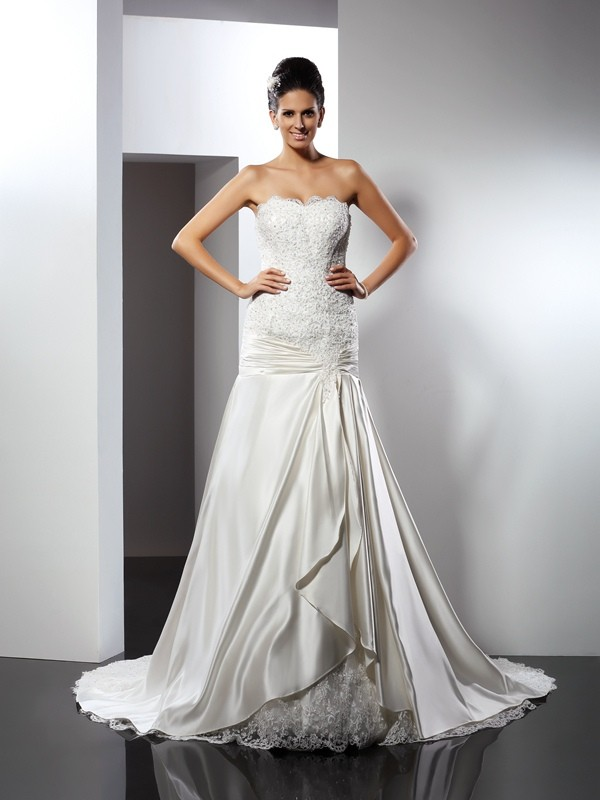 Trumpet/Mermaid Applique Sweetheart Sleeveless Chapel Train Satin Wedding Dresses