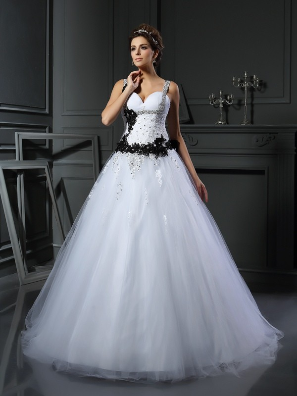 Ball Gown Beading Straps Sleeveless Chapel Train Tulle Wedding Dresses