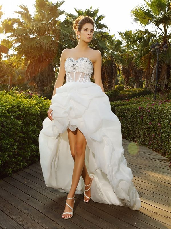 A-Line/Princess Beading Sweetheart Sleeveless Asymmetrical Organza Wedding Dresses