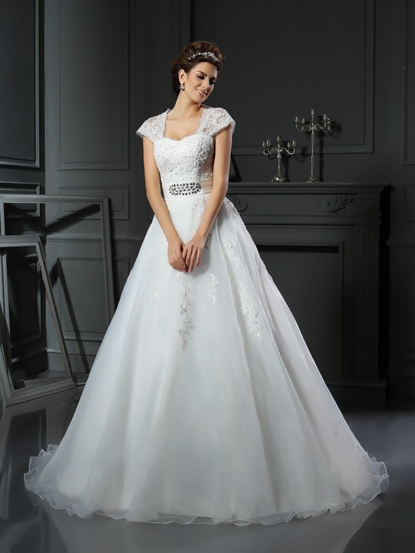 Ball Gown Beading Square Sleeveless Chapel Train Organza Wedding Dresses