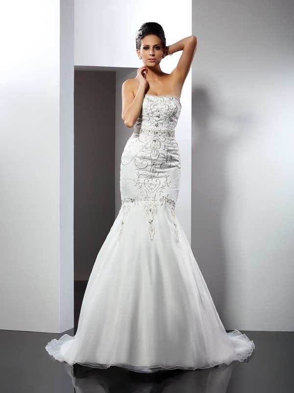 Trumpet/Mermaid Applique Strapless Sleeveless Chapel Train Satin Wedding Dresses