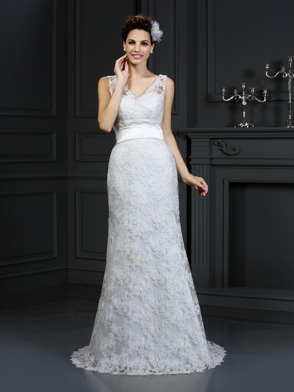 Trumpet/Mermaid Applique Sweetheart Sleeveless Chapel Train Lace Wedding Dresses