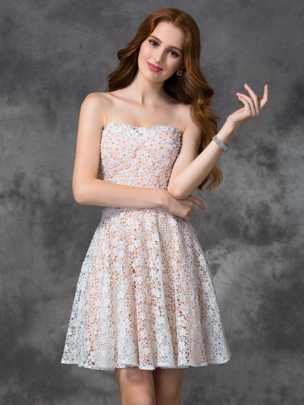 A-Line/Princess Lace Sweetheart Sleeveless Short/Mini Lace Dresses