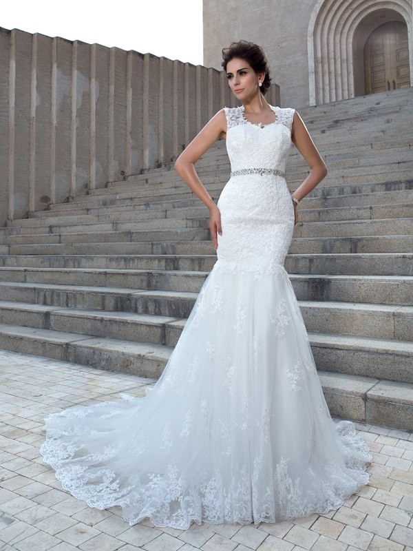 Trumpet/Mermaid Applique V-neck Sleeveless Chapel Train Lace Wedding Dresses