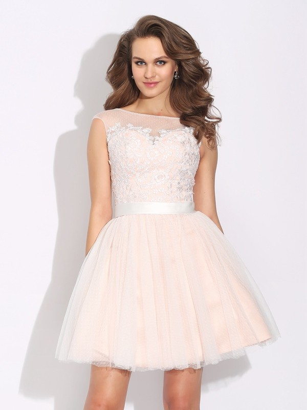 A-Line/Princess Ruffles Bateau Short Sleeves Short/Mini Net Dresses