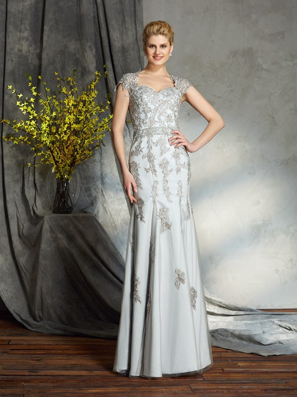Sheath/Column Applique Sweetheart Sleeveless Floor-Length Satin Mother of the Bride Dresses
