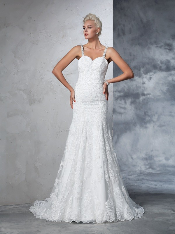 Trumpet/Mermaid Lace Spaghetti Straps Sleeveless Chapel Train Lace Wedding Dresses