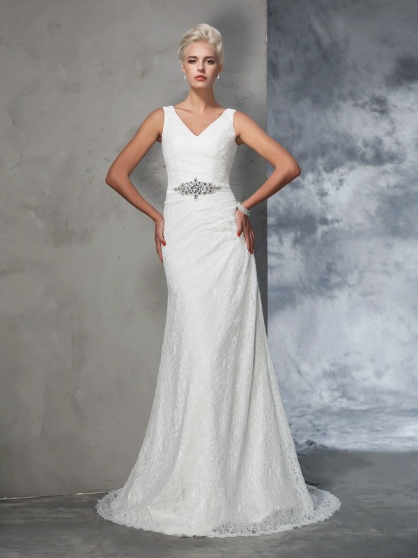Trumpet/Mermaid Lace V-neck Sleeveless Court Train Lace Wedding Dresses