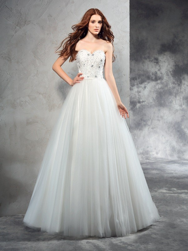 A-Line/Princess Beading Sweetheart Sleeveless Floor-Length Net Wedding Dresses