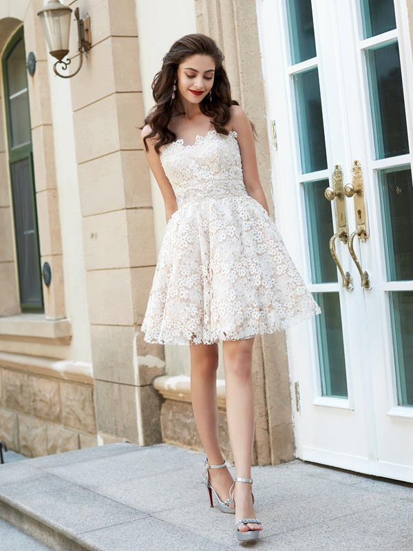 A-Line/Princess Rhinestone Sweetheart Sleeveless Short/Mini Lace Dresses