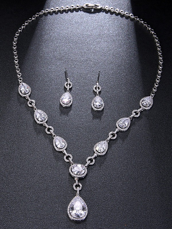 Unique Alloy Rhinestone With Water Drop Hot Sale Jewelry Set
