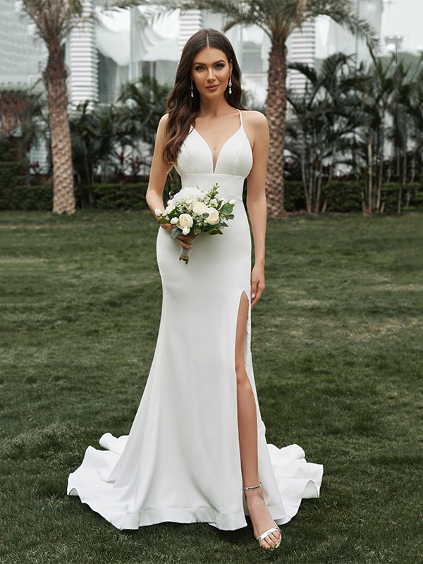 Sheath/Column Stretch Crepe Ruffles Halter Sleeveless Sweep/Brush Train Wedding Dresses