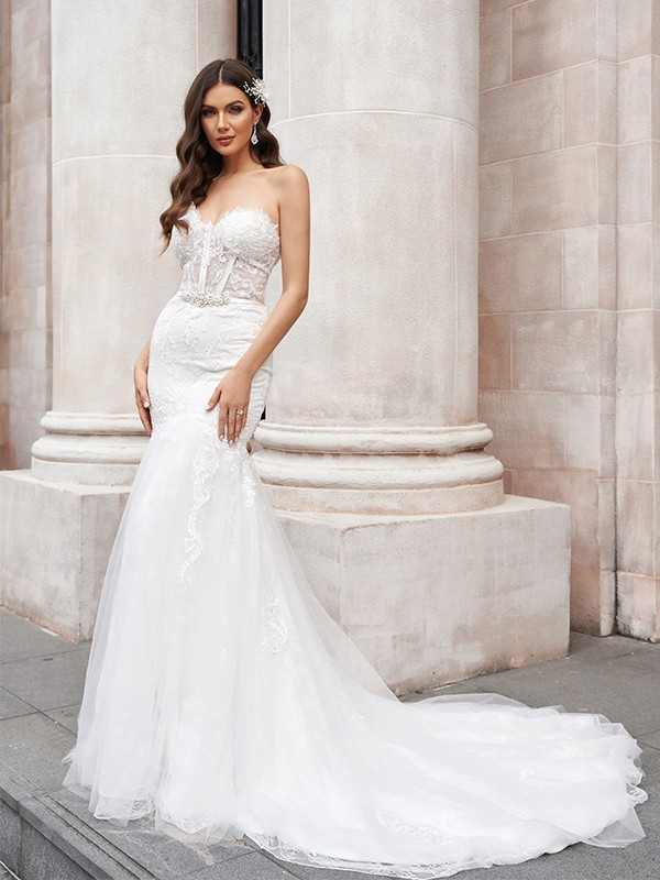 Trumpet/Mermaid Tulle Sweetheart Applique Sleeveless Court Train Wedding Dresses