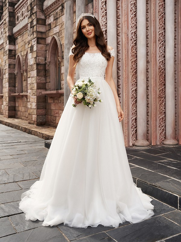 A-Line/Princess Applique Off-the-Shoulder Sleeveless Tulle Court Train Wedding Dresses