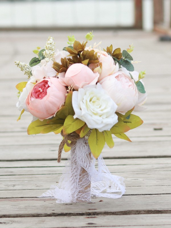 Attractive Round Silk Flower Bridal Bouquets