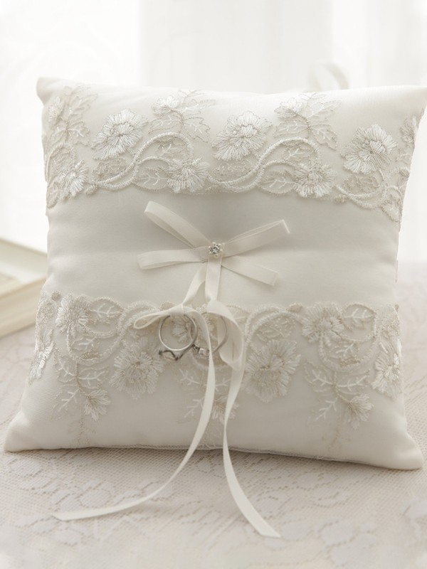 Trending Ring Pillow In Cloth With Lace/Bowknot