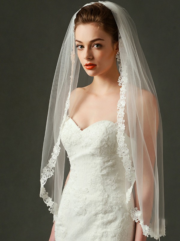 Trending Tulle With Lace Fingertip Wedding Veils