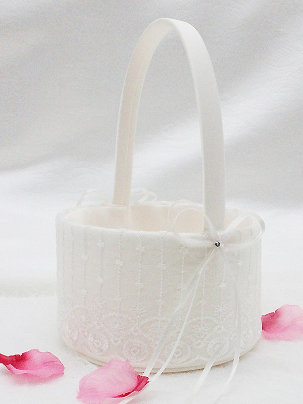 Elegant Flower Basket In Cloth With Lace/Bowknot