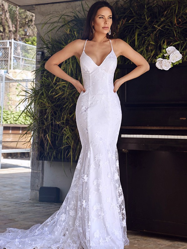 Trumpet/Mermaid Sleeveless Tulle Lace Spaghetti Straps Court Train Wedding Dresses