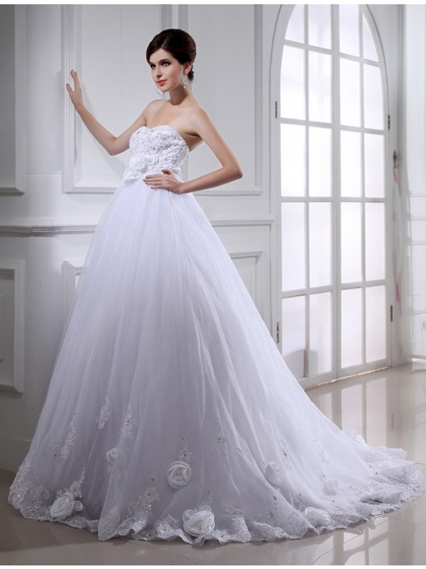 Ball Gown Beading Strapless Sleeveless Chapel Train Organza Wedding Dresses