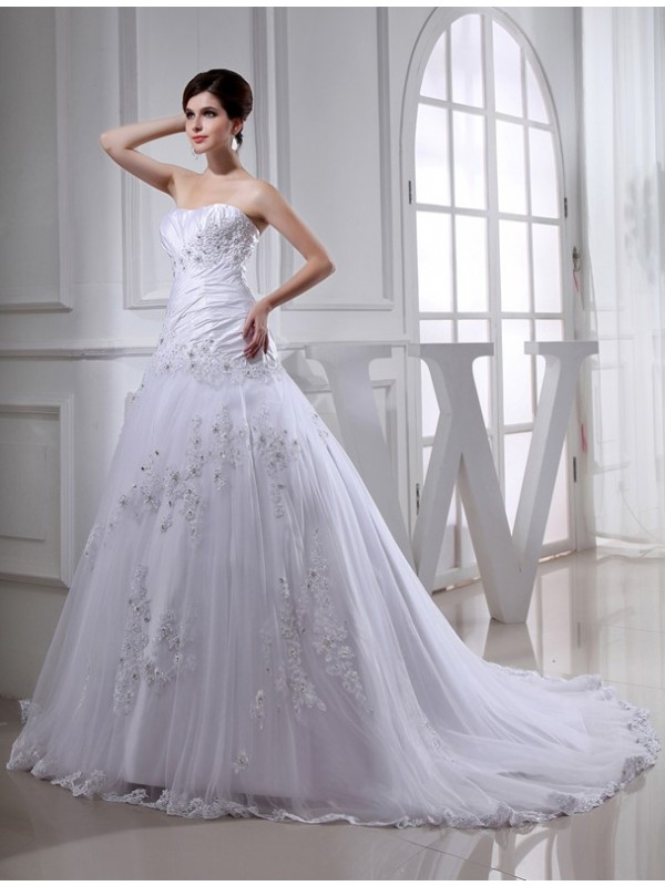 A-Line/Princess Beading Strapless Sleeveless Chapel Train Tulle Wedding Dresses